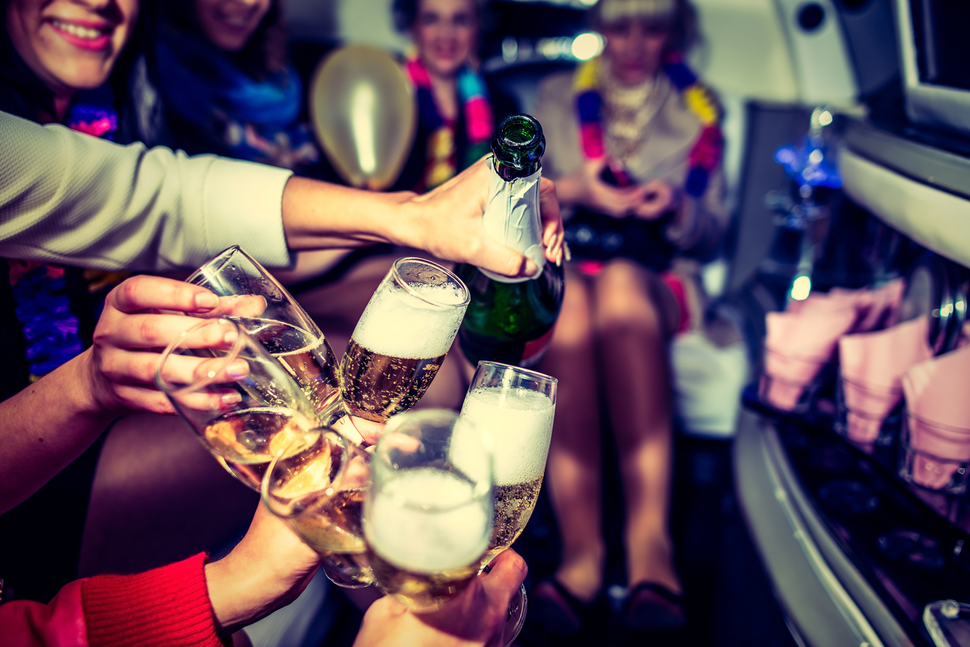 4 Great Times to Rent a Limo Party Bus