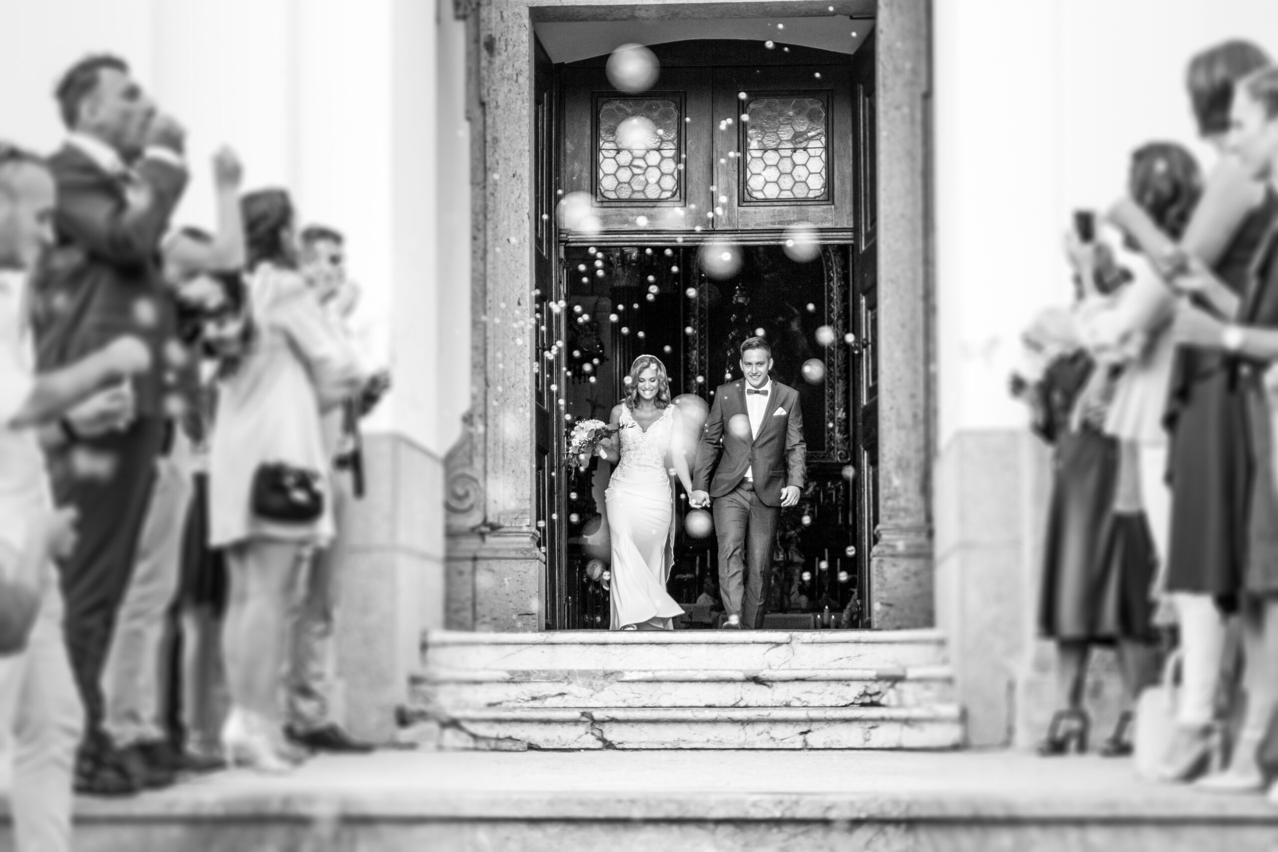 Make Your Wedding Exit Epic with Luxury Transportation